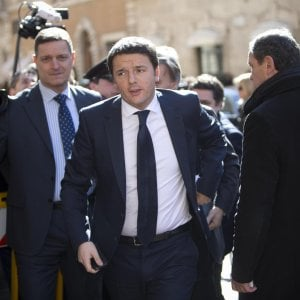 """Pd, Renzi: """"No a polemiche, pensiamo ai giovani"""". Orlando: """"Dimostri di essere leader del centrosinistra"""""""