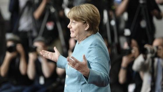 """Germania, Merkel attacca Trump in vista del G20: """"Prevedo difficili discussioni """""""