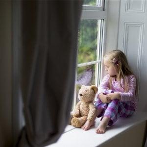 Mutismo selettivo, due sedute di ipnosi e la bimba torna a parlare