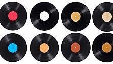 Dopo 30 anni Sony torna a produrre dischi in vinile in Giappone  di GRETA DI MARIA