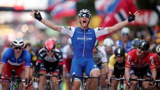 Tour de France tra pioggia, cadute e sprint: vince Kittel, Thomas sempre in giallo