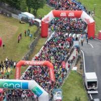 Ciclismo, oltre novemila alla maratona delle Dolomiti. Vittorie di Elettrico e Magnaldi
