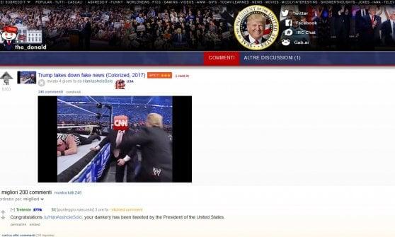 Usa, Trump ancora contro i media: in video atterra un uomo col volto coperto dal logo della Cnn