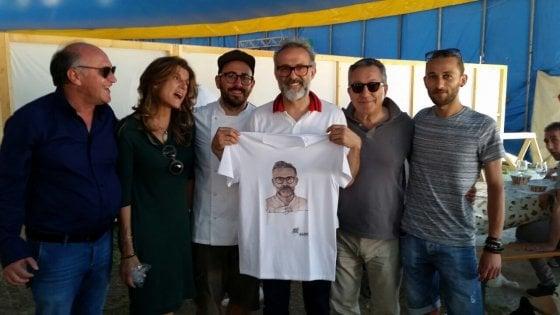 Massimo Bottura a Civitella del Tronto: cena nella fortezza per una serata di solidarietà, cultura e alta cucina