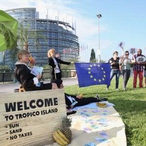 """Trasparenza fiscale delle multinazionali, via libera """"con riserva"""" dal Parlamento UE"""