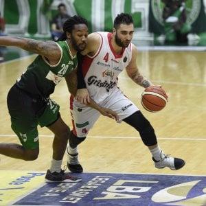 Basket, Torino: salta l'arrivo di Aradori. Bucchi sulla panchina di Caserta