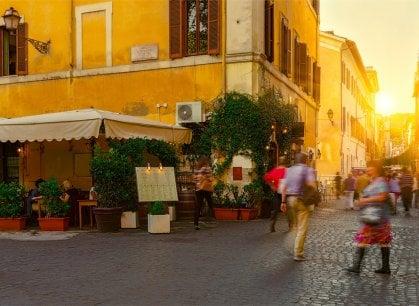 Roma, scatta la rivolta contro i