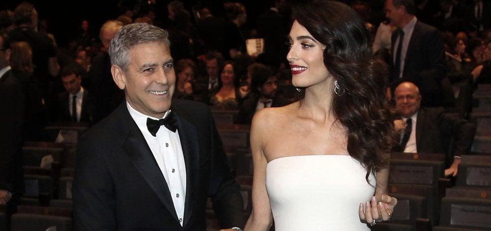 """George Clooney via dalla Gran Bretagna. """"Dopo gli attacchi vuol tornare negli Usa"""""""