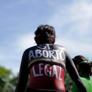 Salvador. Donna abortì: condannata a 30 anni per omicidio aggravato