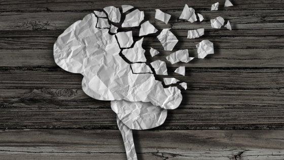 Alzheimer, scoperta la struttura della proteina Tau: svolta per nuovi farmaci