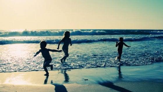 Bambini, i giochi da fare in vacanza che aiutano a crescere