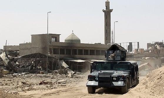 """Iraq, il premier Abadi: """"Mosul liberata"""""""