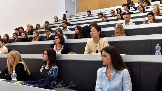 """Università, docenti in sciopero: """"Niente esami da agosto a ottobre"""""""