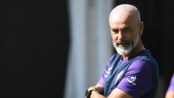 """Fiorentina, Pioli: """"Voglio solo giocatori motivati. Kalinic? Lo aspetto in ritiro"""""""