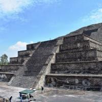 Messico, un tunnel segreto nell'antica Piramide della Luna