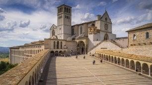 Turisti addio, lo spettro del terremoto svuota Assisi