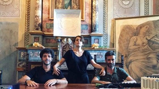 Consoli gazz e silvestri sul palco con 23 musicisti - Carmen consoli diversi ...