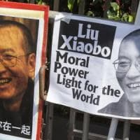 È morto Liu Xiaobo, premio Nobel per la pace. Il dissidente cinese era da anni in prigione