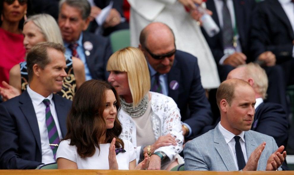 Wimbledon, reali e star per la finale Federer-Cilic: da Kate e William a Hugh Grant
