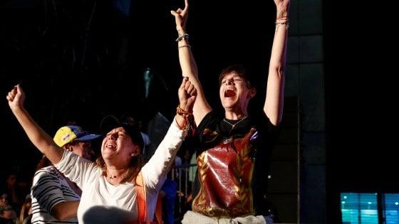 Venezuela, referendum contro Maduro: 2 morti. Vince il 'no', ma opposizione resta delusa