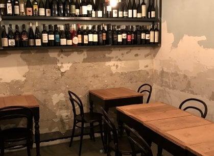 Champagne Socialist un locale dedicato ai vini naturali