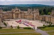 Sorpresa Ferrari: tutte nel monumentale Blenheim Palace, patrimonio mondiale dell'umanità