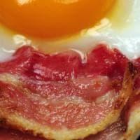 Aiuto, sta finendo il Bacon! Americani preoccupati per l'allarme pork-belly
