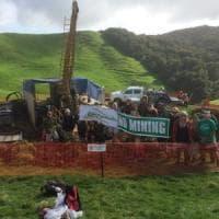"""Nuova Zelanda, la montagna sacra è piena d'oro. La battaglia degli abitanti: """"Non scavate"""""""