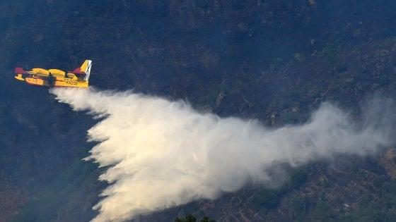 Elicotteri e Canadair, il soccorso dal cielo nelle mani dei privati