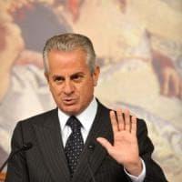 "G8 Genova, Scajola: ""De Gennaro presentò le dimissioni, io le rifiutai"""
