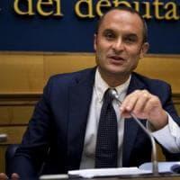 """Andrea Marcucci: """"Costa si dimetta se vuole andare con Berlusconi"""""""