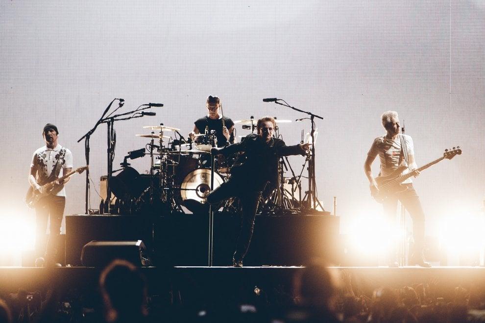 Gli U2 infiammano Roma