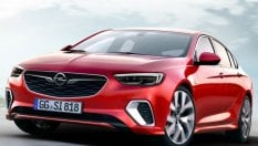 Insigna GSi, l'ammiraglia Opel va di fretta