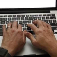 Usa, tolto il divieto dei laptop in cabina sugli aerei provenienti da paesi mediorientali