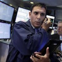 Borse europee in calo, nuovo balzo per l'euro