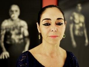 """Aida in esilio, Shirin Neshat come l'eroina di Verdi: """"Lontana dal mio Iran, cerco la pace"""""""