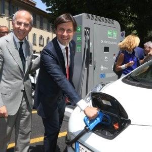 Ricarica auto elettriche in autostrada, che rivoluzione