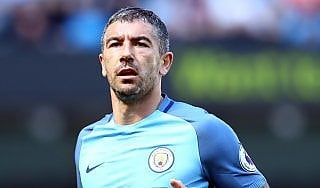 """Guardiola saluta Kolarov: """"Vuole andare alla Roma"""""""