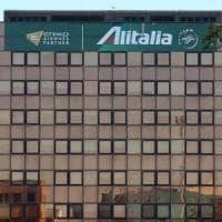 Alitalia, scaduti i termini per le offerte. Sul tavolo una decina di proposte