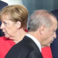 "Germania-Turchia ai ferri corti, Erdogan: ""Berlino non è così forte da spaventarci"""