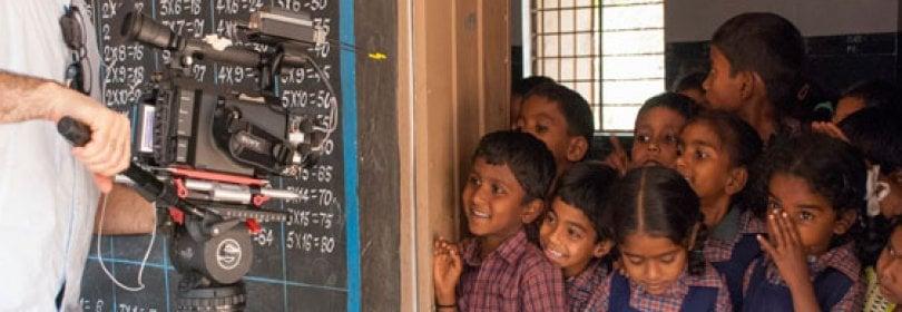 """Shanti Bhavan, la scuola """"dei poveri per i più poveri""""  · video"""