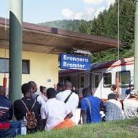 """Migranti, Kern a Gentiloni: """"Siamo con l'Italia. L'Austria non finirà con Orban e Lega..."""