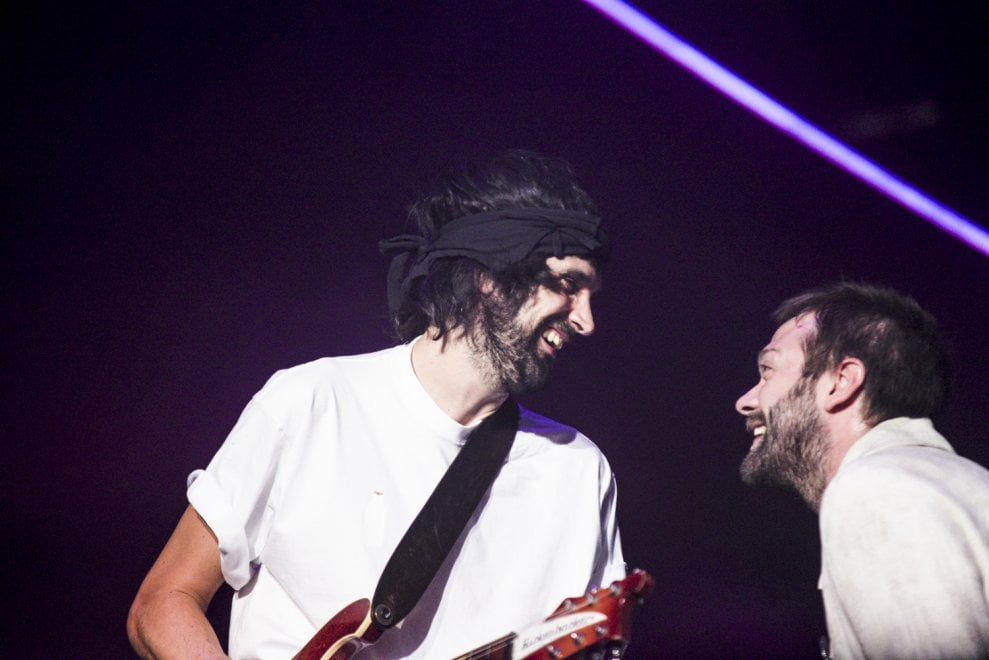 Kasabian crying out loud in Rome