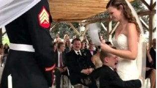 """La sposa al figlio adottivo: """"La vita mi ha regalato te"""""""
