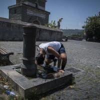 """Enrico Rossi: """"Obblighiamo le società a sostituire le vecchie tubature"""""""