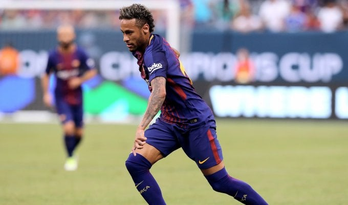 Mercato, Bernardeschi-Juve: è ufficiale. Un tweet blocca la cessione di Neymar