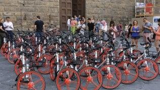 A Milano 12 mila bici: con app e gps prendi e lasci dove vuoi