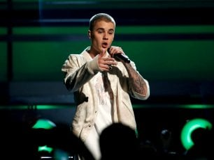 Justin Bieber annulla a sorpresa il tour mondiale
