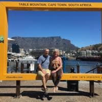Michael e Debbie Campbell, pensionati globetrotter. Grazie ad Airbnb