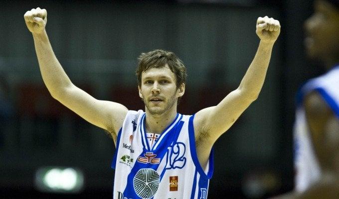 Basket, Travis Diener torna in campo. A Cremona ritrova Drake e Sacchetti